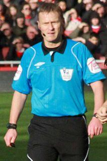 Mike Jones (referee)