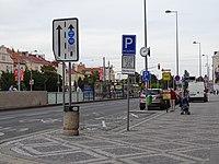 Milady Horákové, Hradčanská, stanoviště taxi.jpg