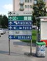 Milano cartelli piazza Luigi di Savoia.JPG