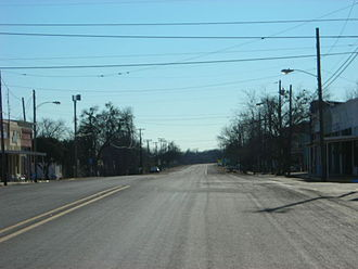 U.S. Route 77 - Looking south along US 77 in Milford, Texas
