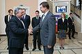 Ministru prezidents Valdis Dombrovskis tiekas ar Gruzijas parlamenta priekšsēdētāju Dāvidu Usupašvili (10668377885).jpg