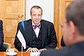 Ministru prezidents Valdis Dombrovskis tiekas ar Igaunijas prezidentu Tomasu Hendriku Ilvesu 11.10.2011. (6233934833).jpg