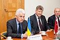 Ministru prezidents Valdis Dombrovskis tiekas ar Ukrainas Augstākās Radas (parlamenta) priekšsēdētāju Volodimiru Ļitvinu (7447959666).jpg