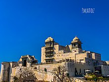 Monsunowy pałac udaipur.jpg