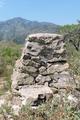 Monte Pozzo pilastrino geodetico sfondo Grammondo.png