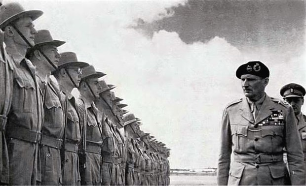 Field Marshal Bernard Montgomery inspects a Royal Rhodesia Regiment guard of honour, 1947 Montgomery inspects Royal Rhodesia Regiment guard of honour, 1947.jpg