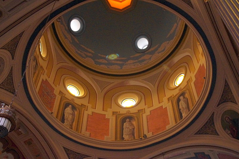 File:Mother of God (Covington, Kentucky), interior, cupola.jpg