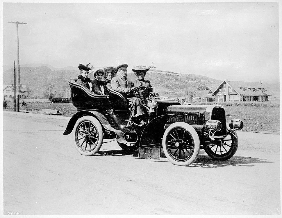 Cruising circa 1909