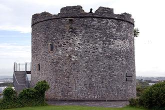 Mount Batten - Mount Batten Tower