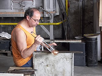 Murano glassblowing demo.jpg