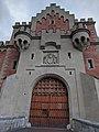 Neuschwanstein Castle entrance gate.jpg