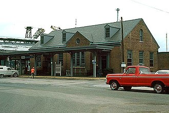 Newport News station - The 1940-built station in 1978