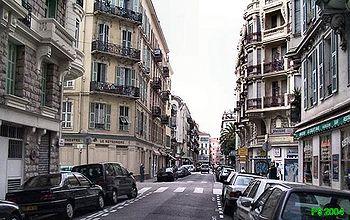 18 Rue Pertinax, vue W en direction de l'avenue Jean-Medecin.