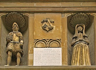 Wadham College, Oxford - Statues of the founders above the main entrance to the Hall