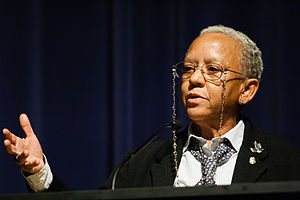Nikki Giovanni - Nikki Giovanni speaking at Emory, 2008