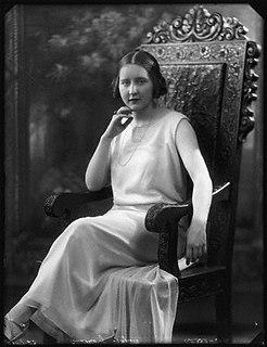 Nina Ogilvie-Grant-Studley-Herbert, 12th Countess of Seafield