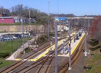 North Avenue station (Light RailLink) - North Avenue station in 2010