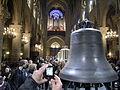 Notre-Dame de Paris - Les nouvelles cloches exposées dans la nef.JPG