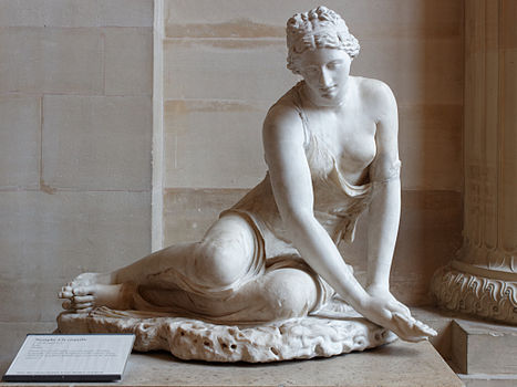 Nymph shell Louvre Ma18 n01.jpg