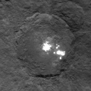 Facula - Bright spots on the dwarf planet Ceres