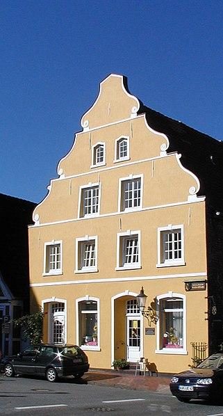 File:Otterndorf barock haus.jpg