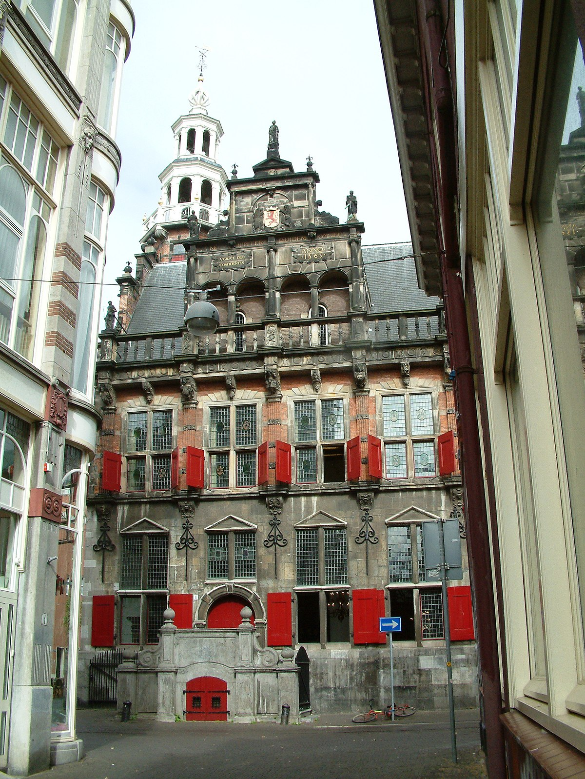 old city hall the hague wikipedia. Black Bedroom Furniture Sets. Home Design Ideas