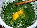 Příprava dušeného mraženého špenátu - přidání vajíčka 16.jpg
