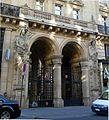 P1040497 Paris Ier rue du Louvre immeuble n°15 détail rwk.JPG