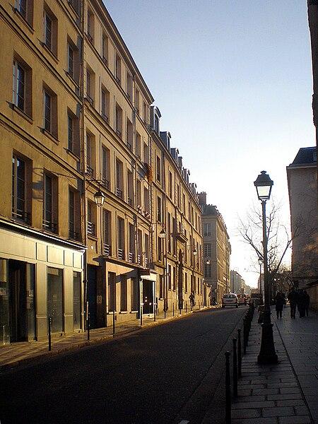 Fichier:PC130053 Paris IV rue de Fourcy reductwk.JPG