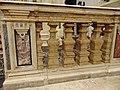 Parapetto che separa la crociera dal coro - Chiesa di San Domenico (Tocco da Casauria).jpg