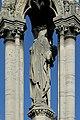 Paris, square Jean-XXIII, fontaine de la Vierge, statue.jpg