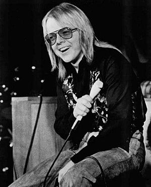 Paul Williams (songwriter) - Williams performing in 1974.