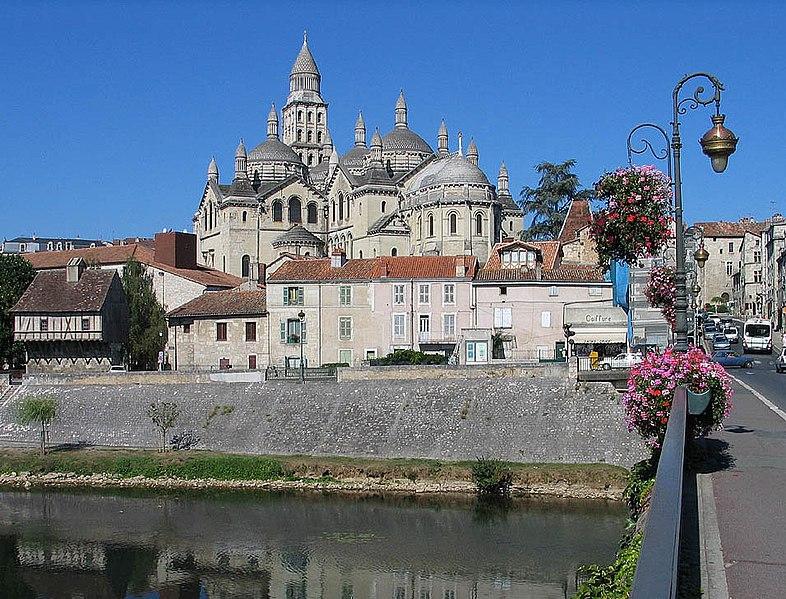 ファイル:Perigueux Cathedrale Saint Front.jpg