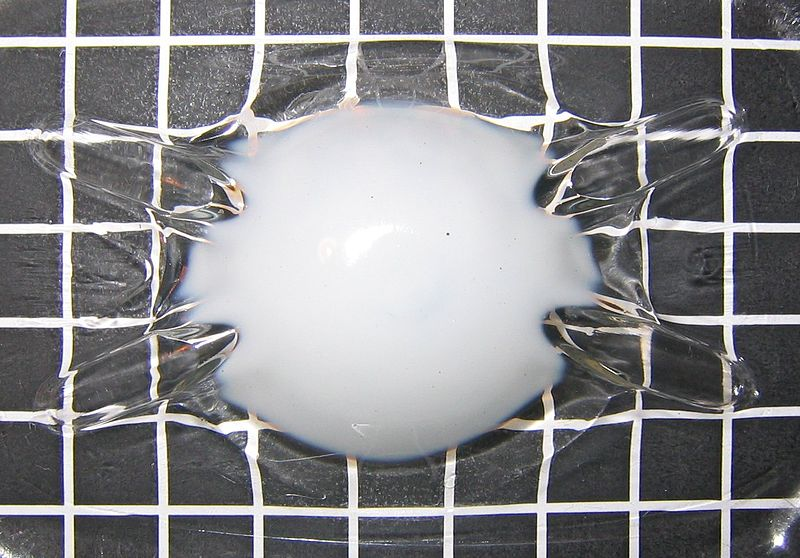 File:Pet plastic crystallisation.jpg