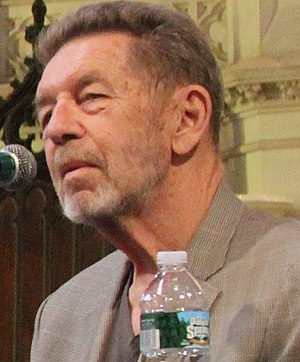 Pete Hamill @ Literary Lions panel @ BBF (8024216175) (cropped).jpg