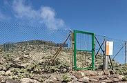 Pico de la Zarza - Gate.jpg
