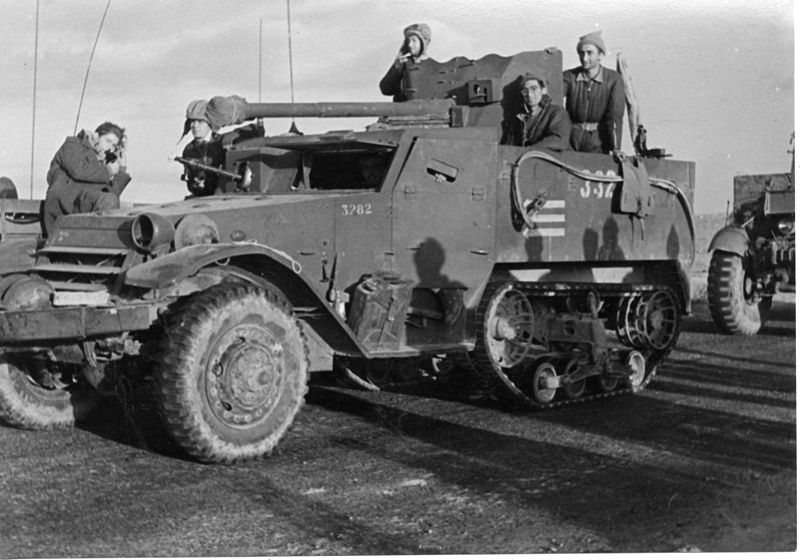 מבצע חורב - חיילי הגדוד התשיעי בחניה במשרפה