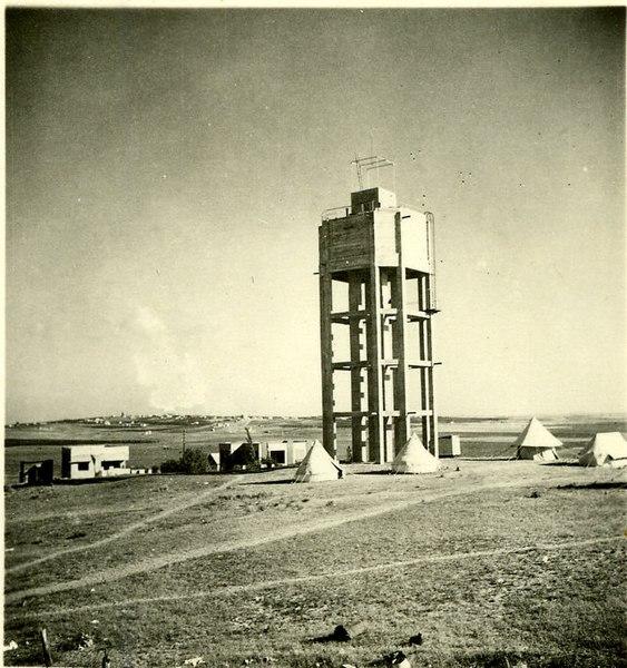 מגדל המים הראשון