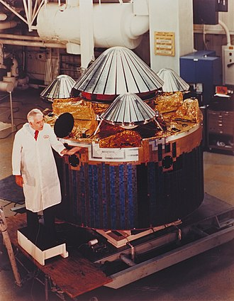Pioneer Venus Multiprobe - Pioneer Venus Bus with probes attached