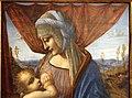 Pittore lombardo, madonna che allatta il bambino (da madonna litta), 1500-10 ca. 02.JPG