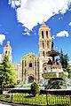 Plaza de Armas y Catedral de Santiago.jpg