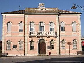 Polesella City Hall.jpg