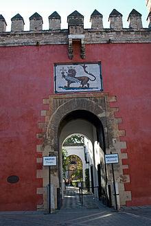Patio del le n wikipedia la enciclopedia libre for Puerta 4 del jockey