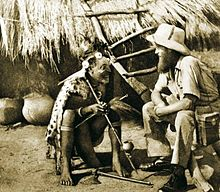 Chamans dans MALADIE 220px-Pygmy_shaman