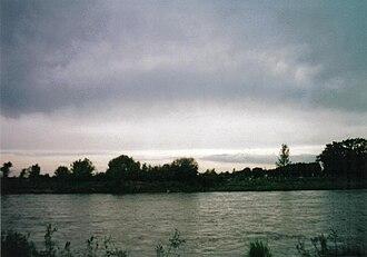 Quinto River - Quinto River passing Villa Mercedes (2008)
