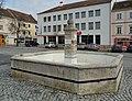 Röhrbrunnen 10841 in A-2460 Bruck an der Leitha.jpg