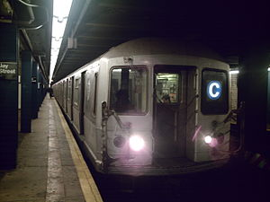 R40/A (New York City Subway car) - Image: R40M C train @ Jay Street Borough Hall