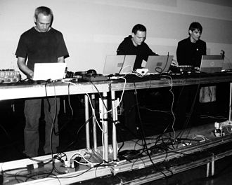Frank Bretschneider - The group Signal (from left to right): Frank Bretschneider (Komet), Carsten Nicolai (Noto) and Olaf Bender (Byetone), playing live at MUTEK 2004