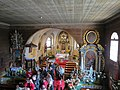 Rachowice, kościół Trójcy Świętej, wnętrze, widok z prawej strony chóru.JPG