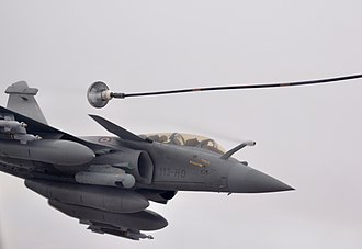 Dassault Rafale - A two-seater Rafale B during an aerial refueling